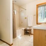 bathroom-one_800x600_2474854