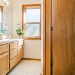 bathroom-three_800x600_2474857