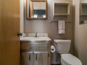 bathroom-three_800x600_2515139