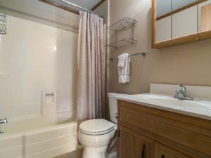 bathroom-two_800x600_2515142